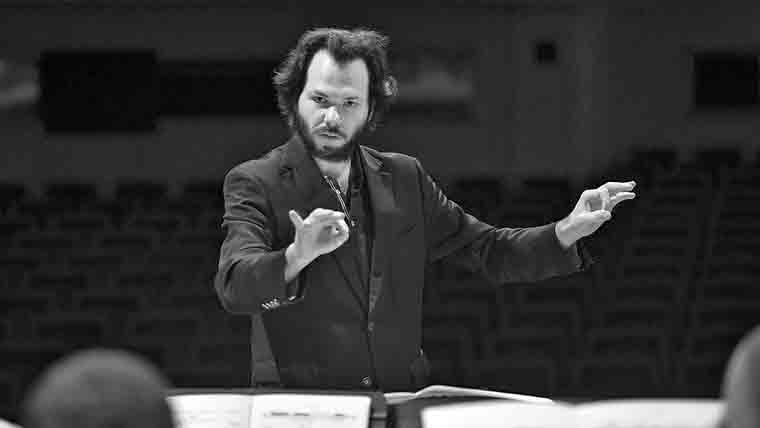 dirigent Petr Popelka