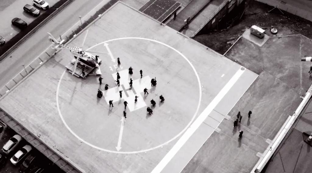 Arktisk Filharmoni spiller på Helikopter basen i Tromsø
