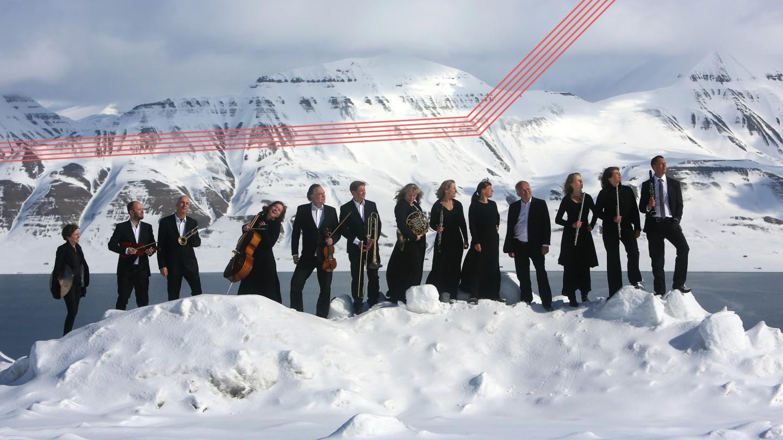 Musikere i snø på svalbard